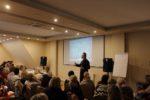 """Wykład Aleksandra Pawlickiego zatytułowany """"Jak uczą się dorośli i co to oznacza dla systemu kształcenia i doskonalenia nauczycieli"""""""
