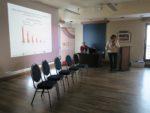 ekspertka branży górniczo-wiertniczej Barbara Susek prowadzi warsztat