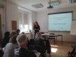 Ekspert zadania 1. Magdalena Mrozkowiak, uczestnicy spotkania
