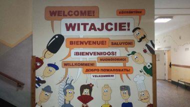 Tablica powitalna wX Liceum wKatowicach