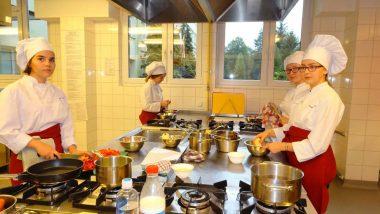 Pracownie dydaktyczne: Kuchnia w ZSP Małopolskiej Szkole Gościnności w Myślenicach