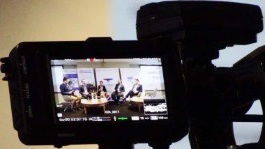 """prelegenci panelu dyskusyjnego: Lotnisko jako środowisko pracy w kontekście rozwoju Portów oraz budowy Centralnego Portu Komunikacyjnego na konferencji """"Lotnicze szkolnictwo techniczne a rozwój i potrzeby branży lotniczej w Polsce"""""""
