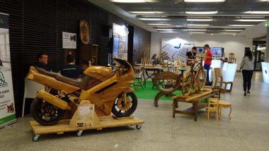 prezentacja w przestrzeni targowej stoiska Technikum Drzewnego w Garbatce-Letnisku