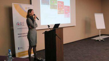"""Justyna Maziarska-Lesisz, ekspert merytoryczny ds.języków obcych wprojekcie """"Wspieranie tworzenia szkół ćwiczeń"""""""