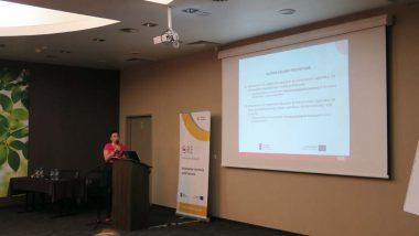 """Elżbieta Miterka, ekspert merytoryczny ds.przedmiotów przyrodniczych wprojekcie """"Wspieranie tworzenia szkół ćwiczeń"""""""