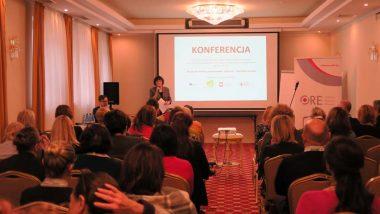 otwarcie konferencji przez dr Beatę Jancarz-Łanczkowską, Wicedyrektora Ośrodka Rozwoju Edukacji