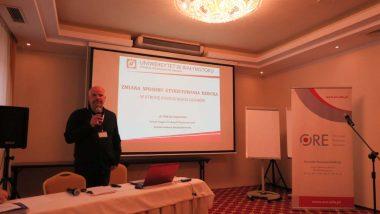 wykład dr Tomasza Bajkowskiego dotyczący etykietowania ucznia w szkole