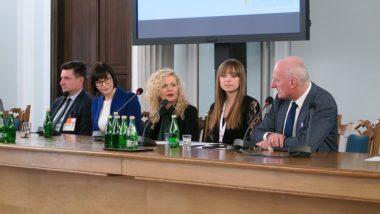 Eksperci podczas panelu dyskusyjnego: dr Paweł Poszytek, Arlena Witt, Patrycja Obara, Marika Sońta, prof. Jacek Kurzępa