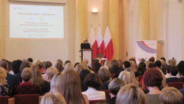 powitanie uczestników przez p.o. dyrektora ORE Marzennę Habib