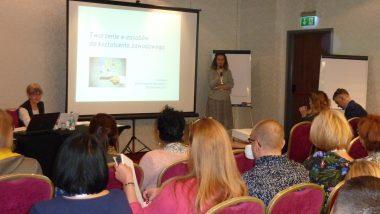 kierownik projektu Joanna Saska Dymnicka oraz ekspert merytoryczny Anna Pregler podczas spotkania z ekspertami branżowymi