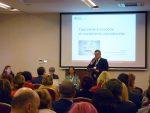 Tomasz Madej Wicedyrektor Ośrodka Rozwoju Edukacji otwiera spotkanie ekspertów branżowych