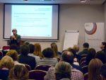Anna Pregler ekspert merytoryczny prezentuje założenia projektu Tworzenie e-zasobów dokształcenia zawodowego