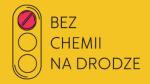 Logo kampanii Bezchemii nadrodze. Nażółtym tle przedstawiono sygnalizację świetlną zzaznaczonym światłem czerwonym, obok napis Bezchemii nadrodze