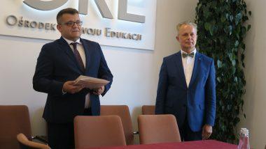 Wręczenie Tomaszowi Madejowi nominacji przez Dyrektora Generalnego MEN Sławomira Adamca