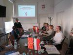 Wicedyrektor ORE Bożena Mayer-Gawron prezentuje system edukacji zawodowej