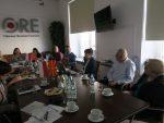 Valentina Todorovska-Sokołowska (druga od prawej) mówi o działalności ORE