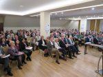 widok sali obrad zuczestnikami seminarium
