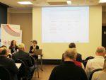 Ekspert Lucja Orzechowska prowadzi warsztat dla branży elektryczno-energetycznej wspólnie z Magdaleną Mrozkowiak (ORE)