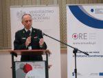 Prezentacja st. bryg. Krzysztofa Biskupa Dyrektora Biura Szkolenia w Komendzie Głównej Państwowej Straży Pożarnej